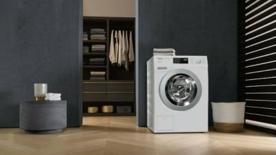 Nachhaltig waschen: CO2 sparen und die Kleidung schonen